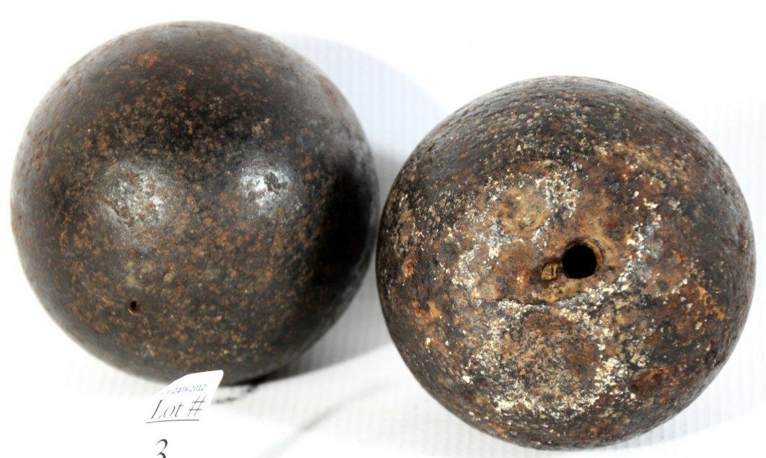 3A: 2 US Civil War Solid Shot 5lb and 6lb Cannon Balls