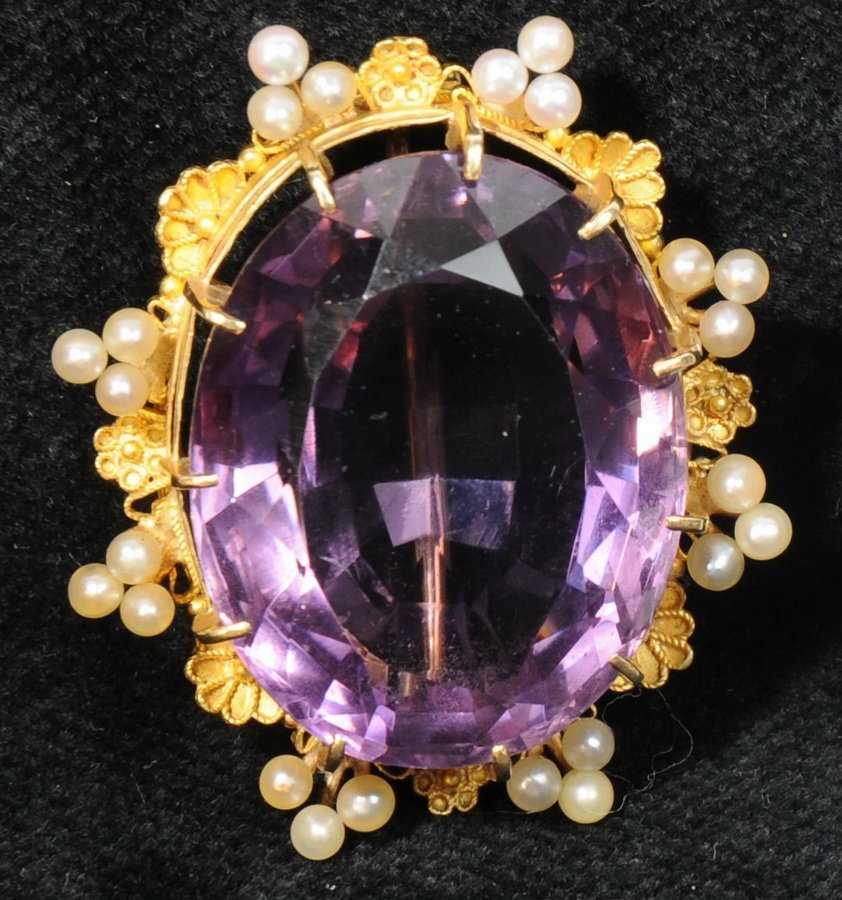 6: Stunning 14kt. Large Sized Amethyst Brooch with Seed