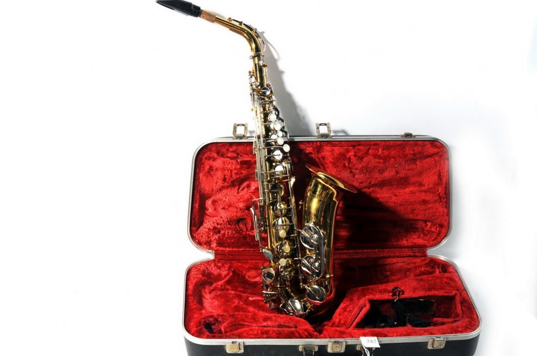 11A: Armstrong Saxophone in case