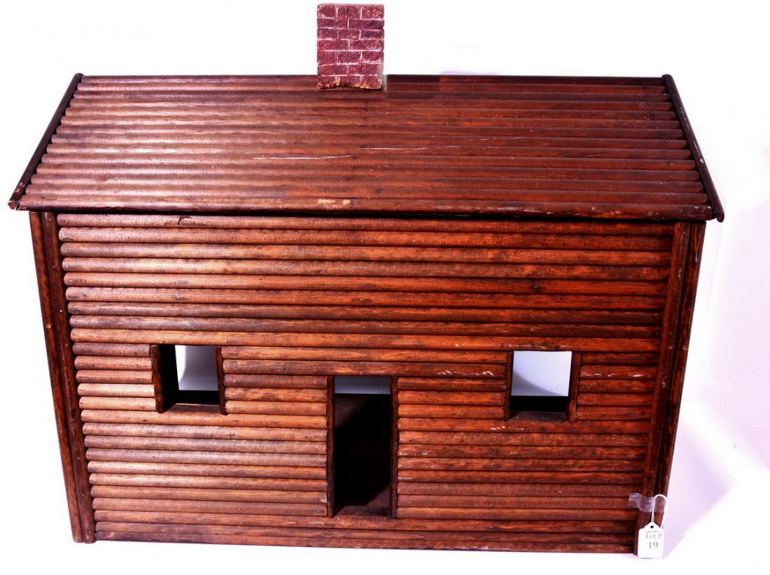 Log Cabin Doll house 27x16x20