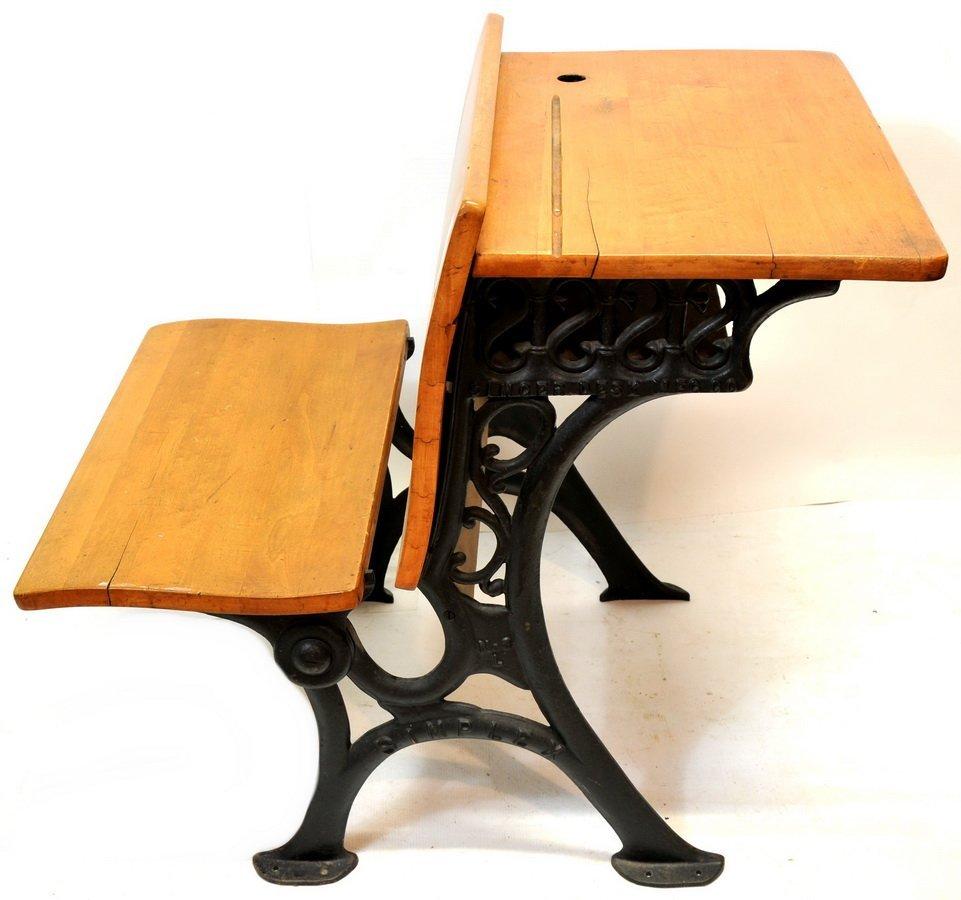 Child's School Desk(T4)