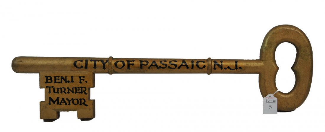 Wooden Key to the City Passaic New Jersey/T1
