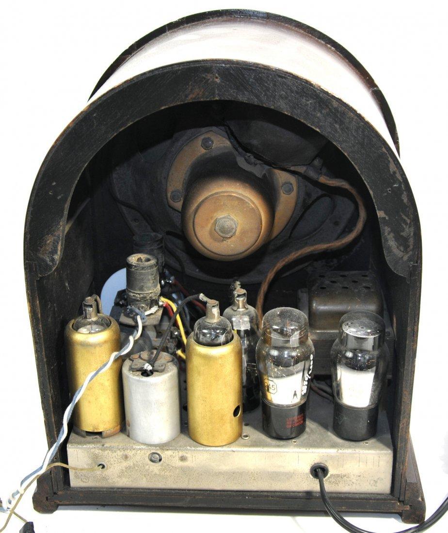 1933 Atwater Kent model 165 Radio - 2