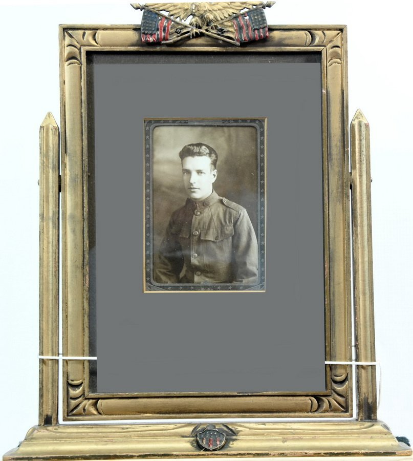 WWI Soldiers Photo in Patriotic Swing Frame