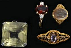 Four pieces of gold jewelry 7 grams