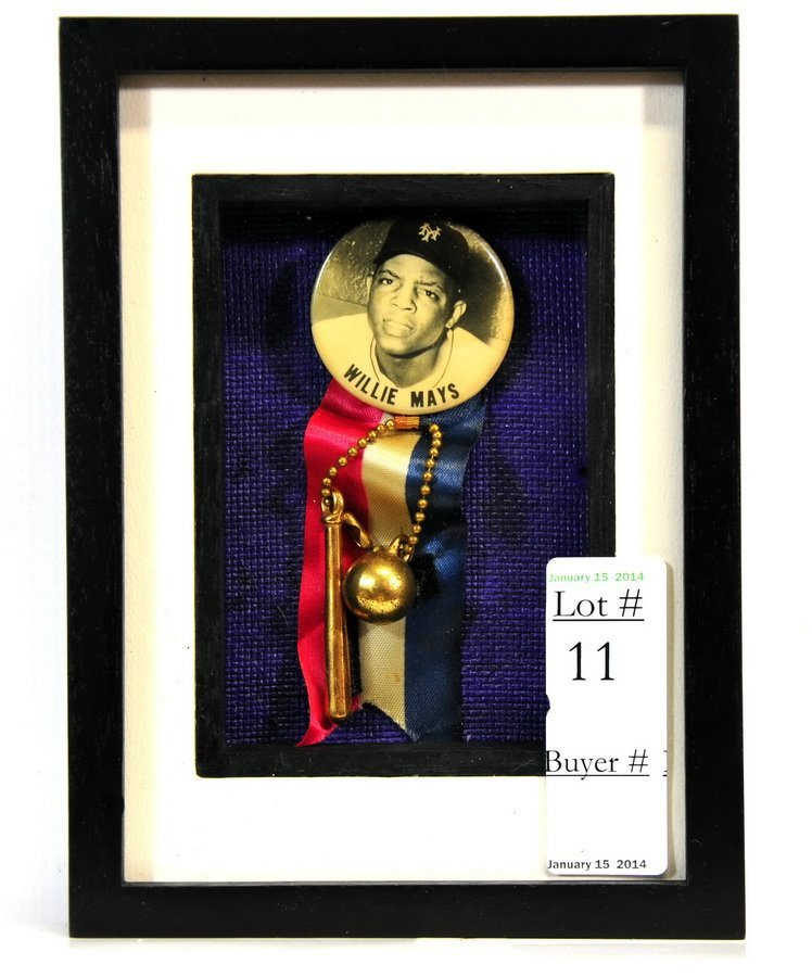 Original Willie Mays Button/Ribbon Display