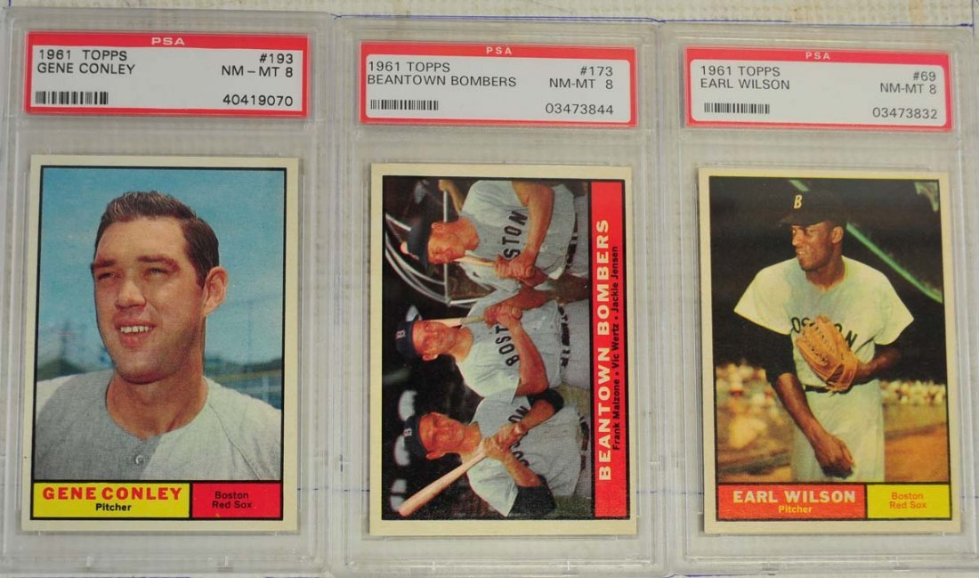 12 1961 Topps Baseball Cards PSA Graded 8/9
