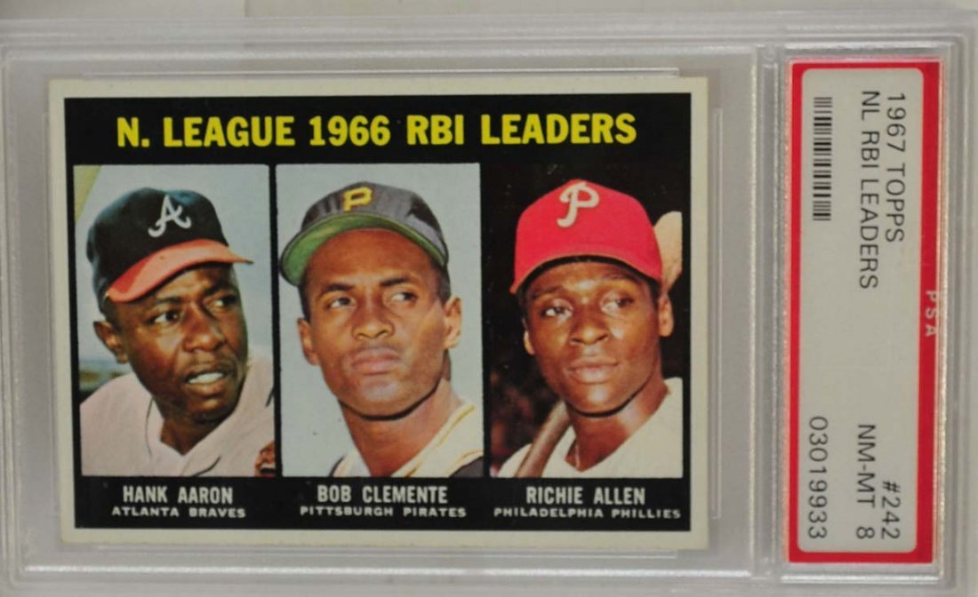 1967 Topps NL RBI Leaders Clemente/Aaron PSA 8
