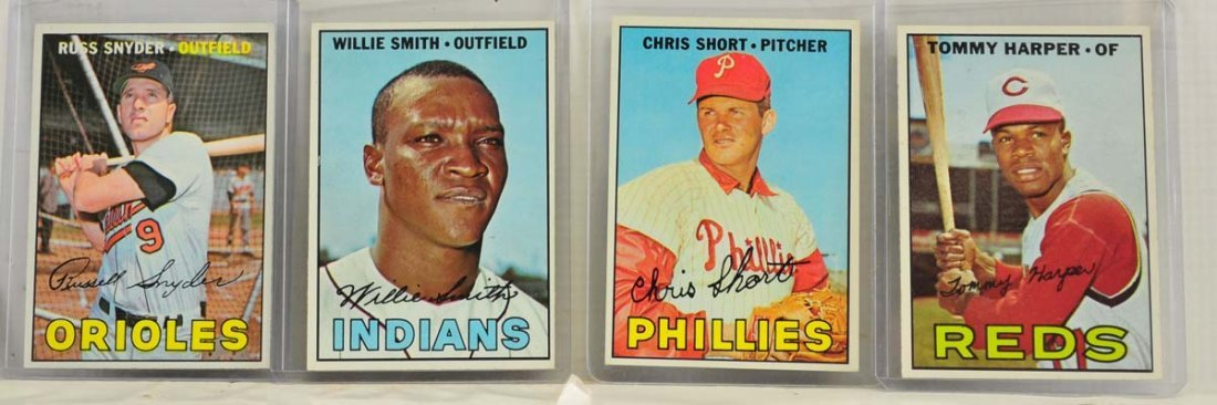 15 1967 Topps  Mint Ungraded Cards - 5