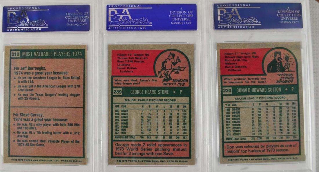 16 1975 Topps Baseball Cards PSA Graded 9 - 2