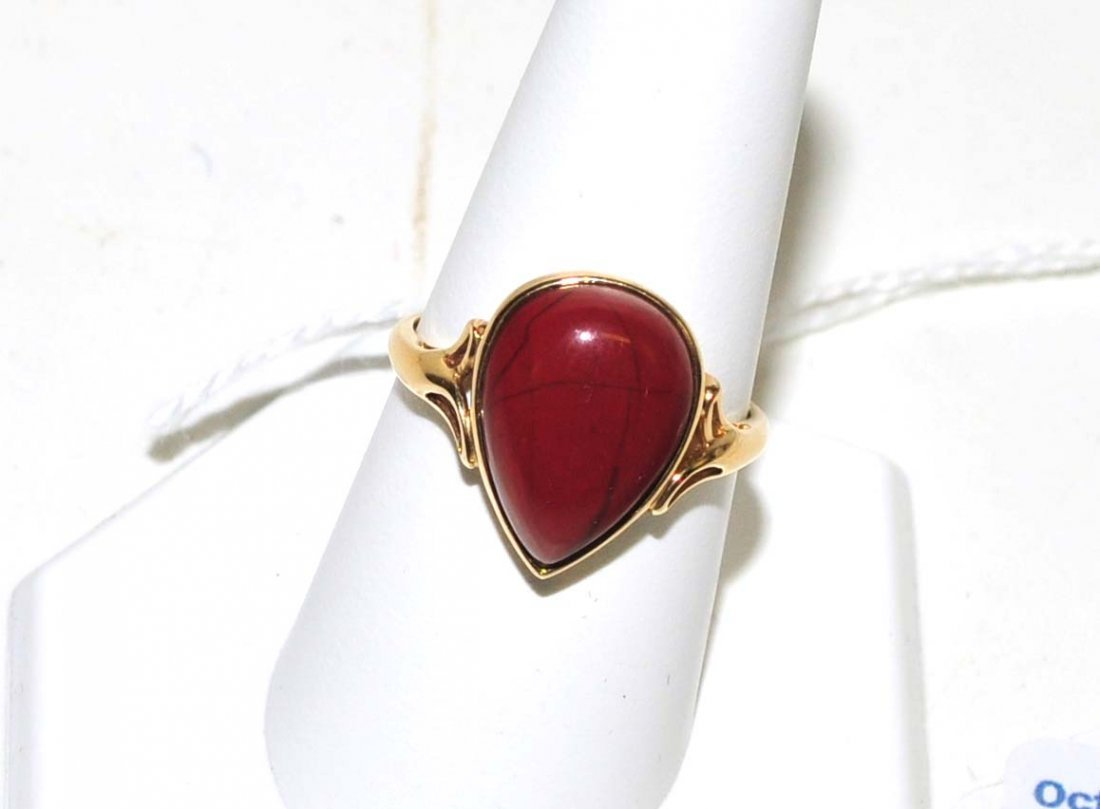 Ladies 10Kt. Pear Shaped stone ring 3 grams