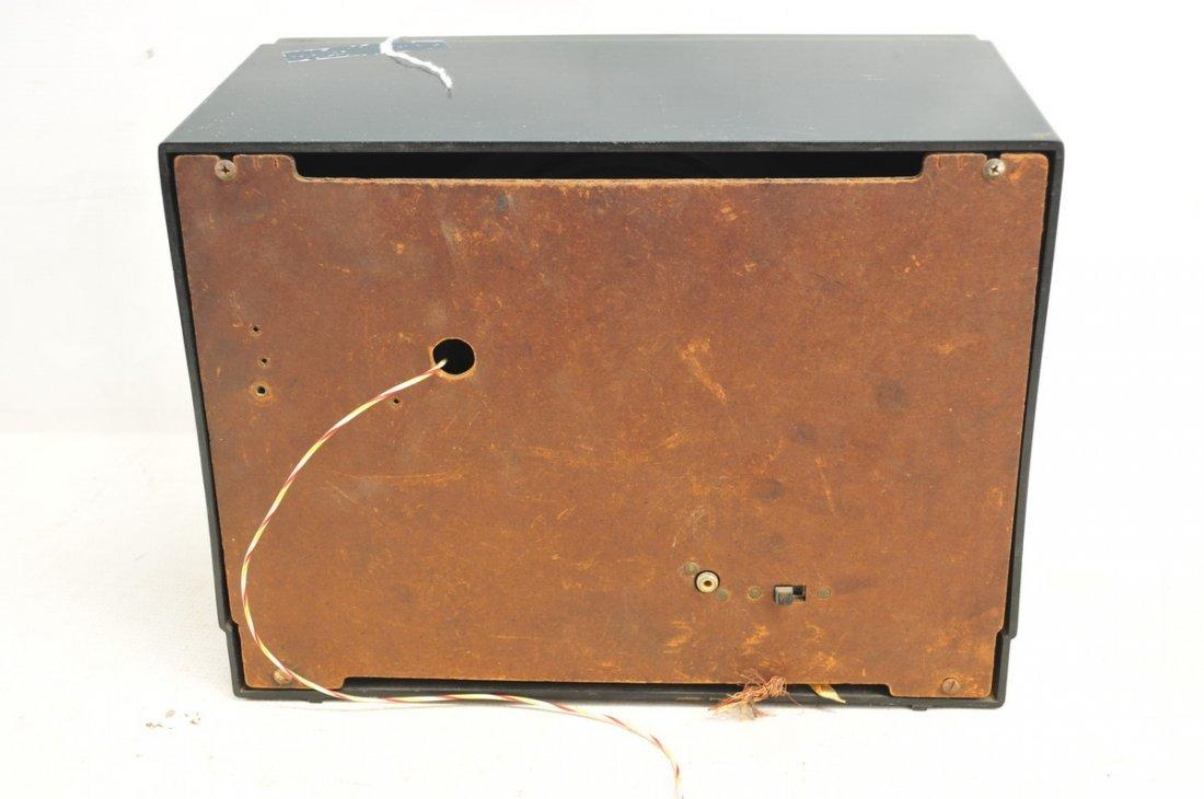 Pair of Vintage Radios - 2