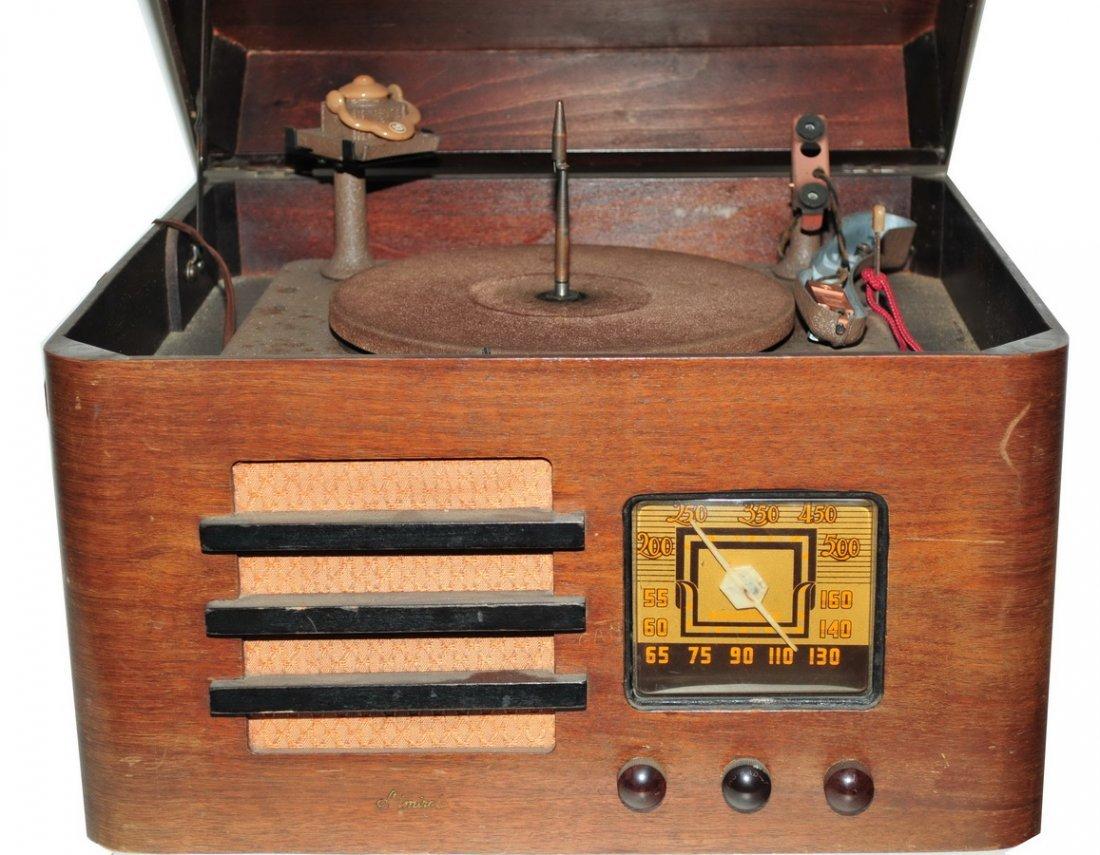 Pair of Vintage Radios - 4