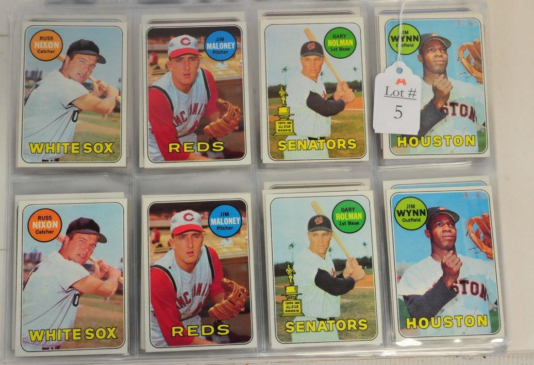 136 1969 Topps Baseball Cards Near Mint
