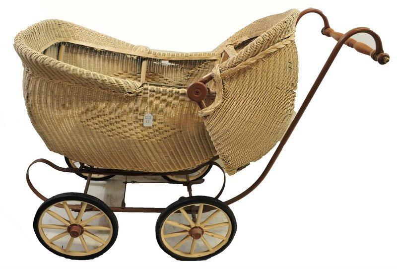 Antique Wicker Pram/Baby Stroller