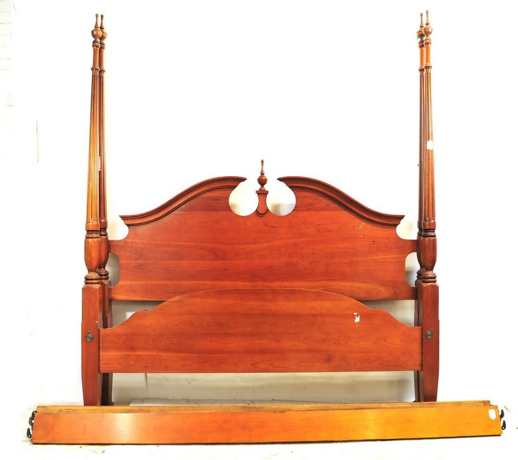 Mahogany High Post Bed Queen Sized