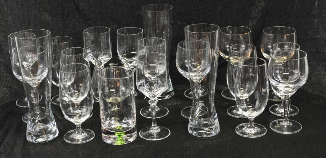 Large clear lot of glassware - 4