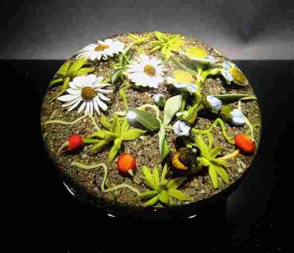 Paul Stankard 'Untitled' flowers on gravel