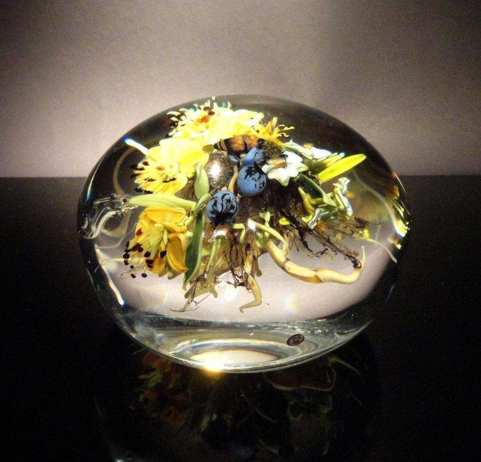 18: Paul Stankard 'Untitled' flower bundle