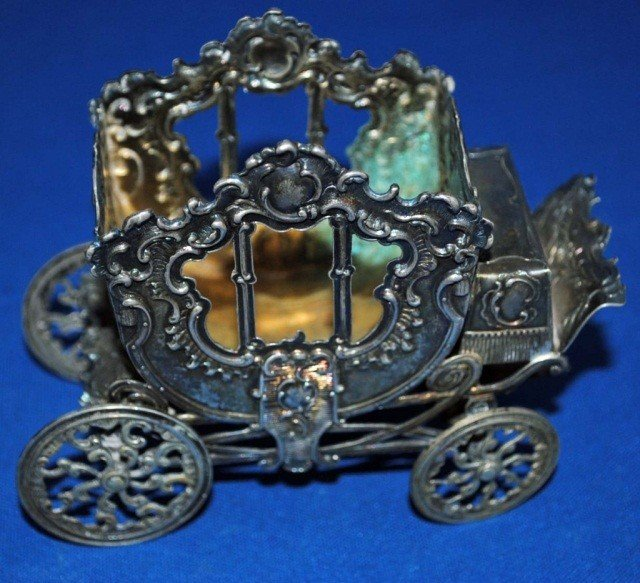 6: Continental Silver Miniature Carriage