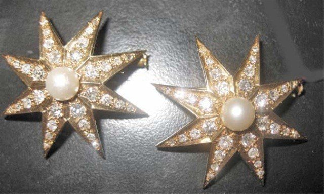 15: Pair of 18K Gold Pearl and Diamond Pins