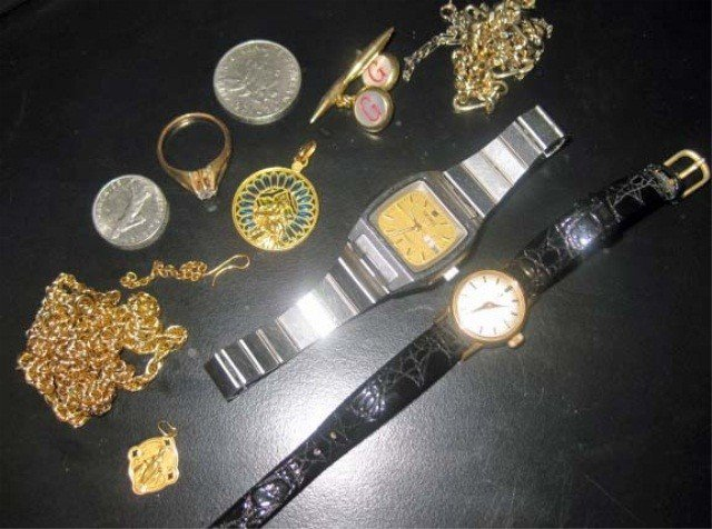 48: Assorted Watches and Trinkets