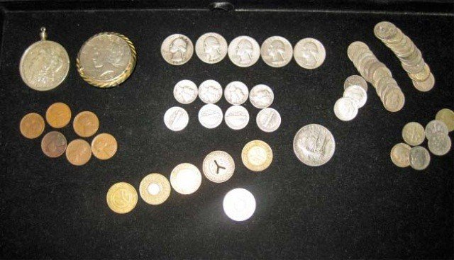 25: Collection of American Coins and Tokens