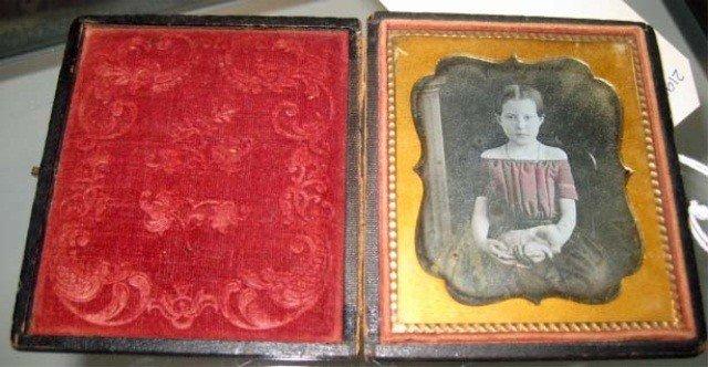 13: Daguerreotype - Portrait of a Girl