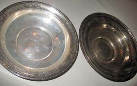 21: 2 Wallace Sterling Silver Fruit Bowls