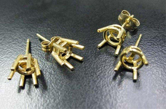 5: 4 14K Gold Earring Mounts