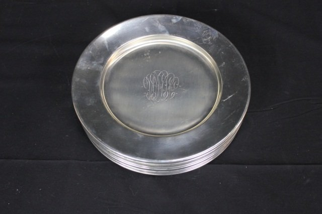 11: Set of 12 Reed & Barton Service Plates