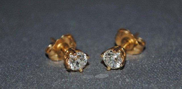 18: Pair of 14K Gold Diamond Stud Earrings
