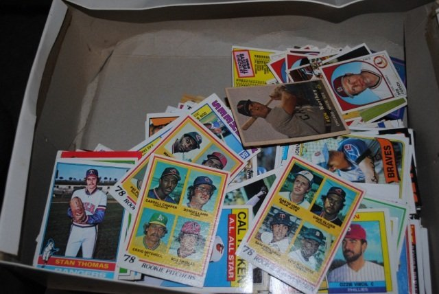 6: Collection of Approximately 2800 Baseball Cards