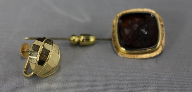 Assorted Gold Articles - Earring & Stick Pin