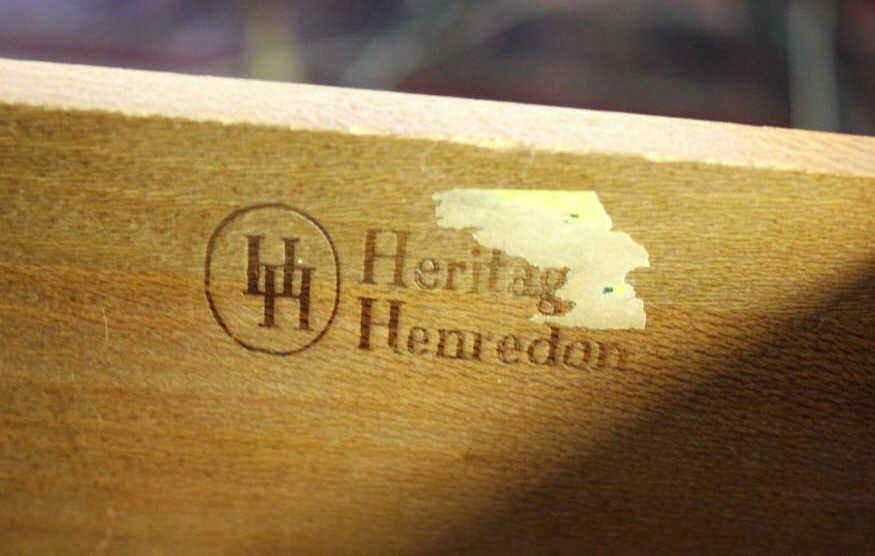 Heritage Henredon 1950 Folding Mirror Vanity - 4