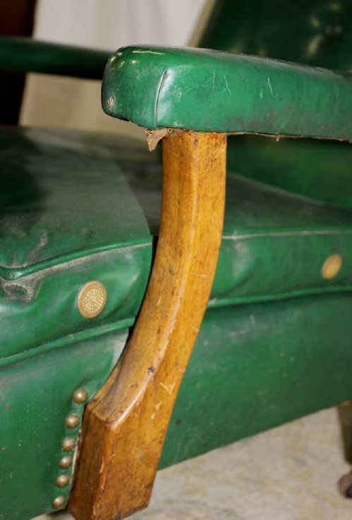 Green Vinyl Armchair on Wheels - 3