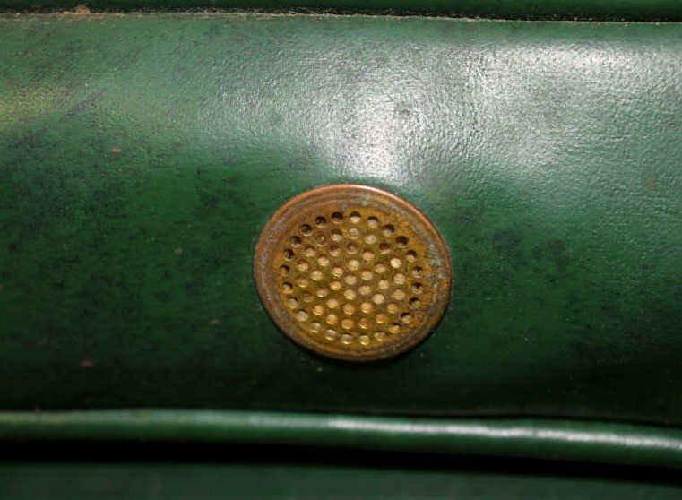 Green Vinyl Armchair on Wheels - 5