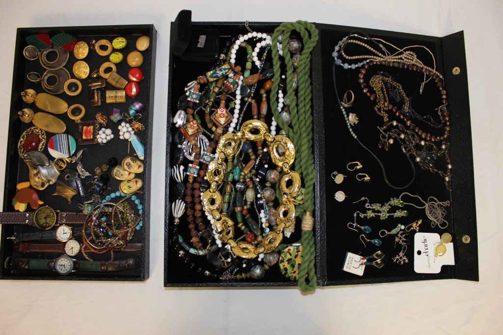 Assorted Vintage Costume Jewelry
