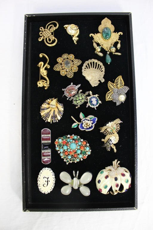 Assorted Group Of Vintage Pins
