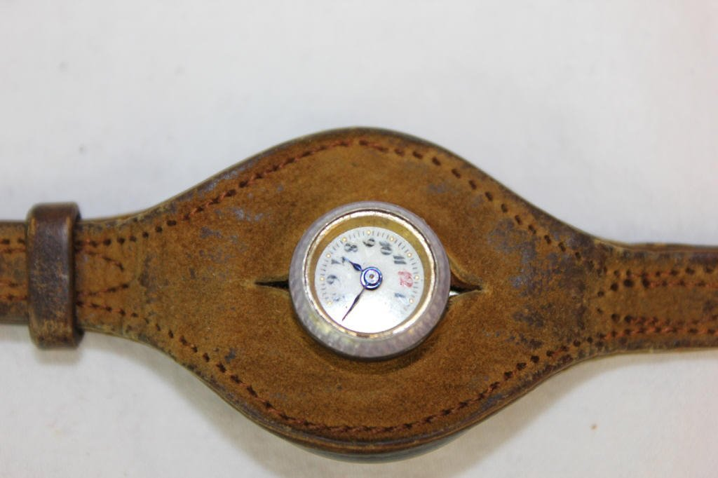 Antique Depose' French Watch with Leather Strap