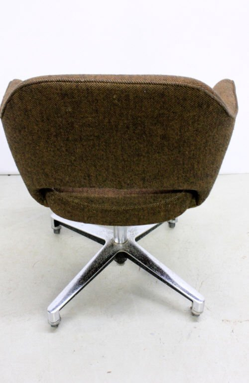 Vintage Saarinen Executive Chair by Knoll - 5
