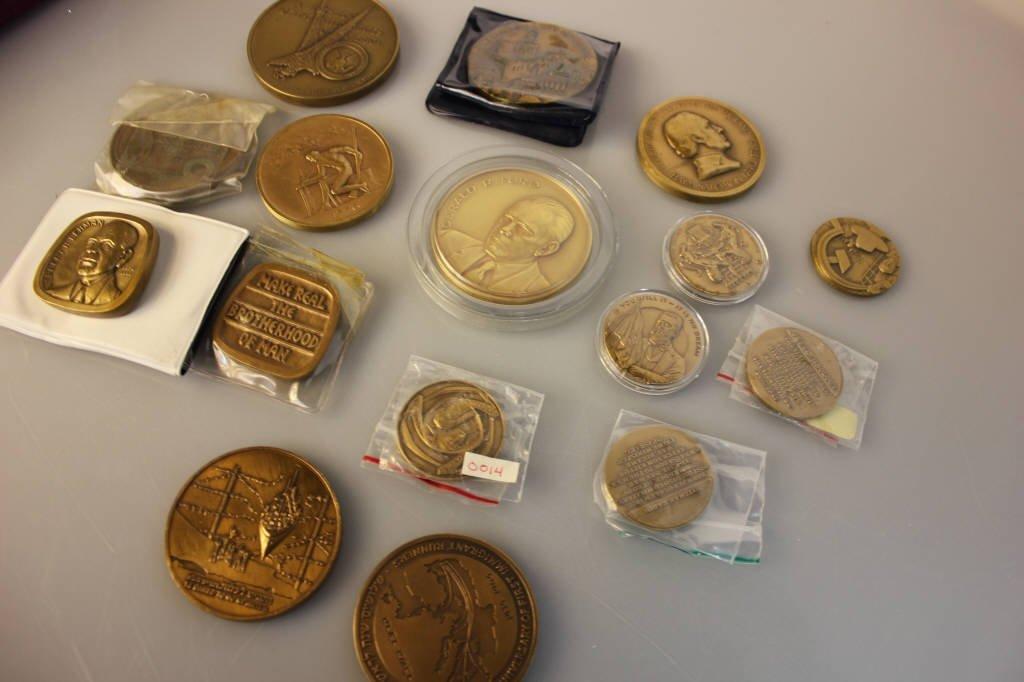 16 Bronze Commemorative U.S. & Israel Medallions