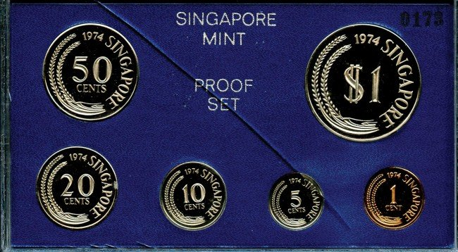 11: Proof Set: 1974 comprising 1-,5-,10-,20-,50-Cent &