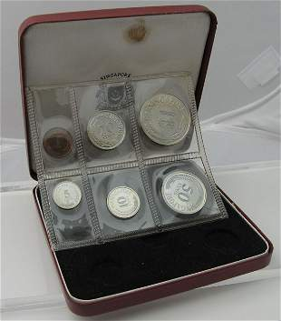 Proof Set: 1968. Mintage 5000. Original red case