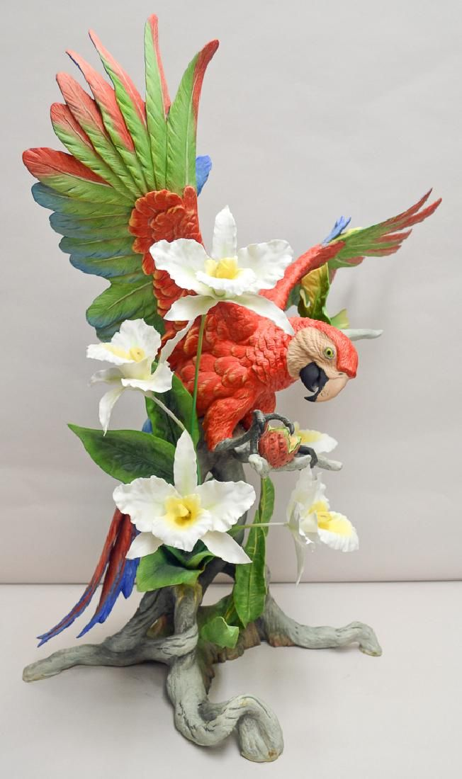 "Boehm Porcelain ""scarlet Macaw"""