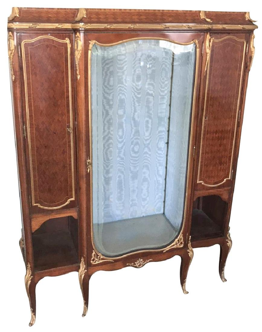 Fine quality French Kingwood Display Cabinet,