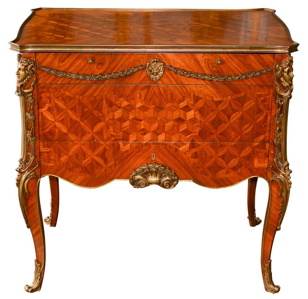 Exceptional French Louis XVI Mechanical Table