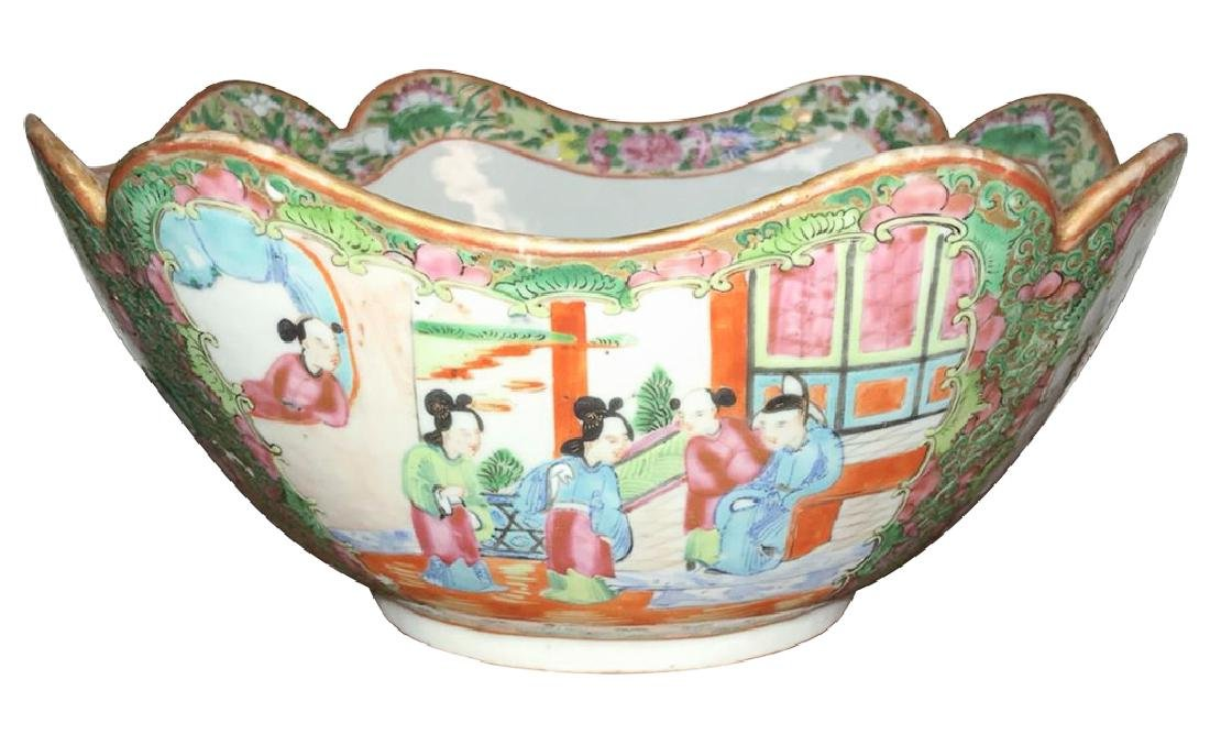 Early Chinese Rose Medallion Shaped Chow Bowl,