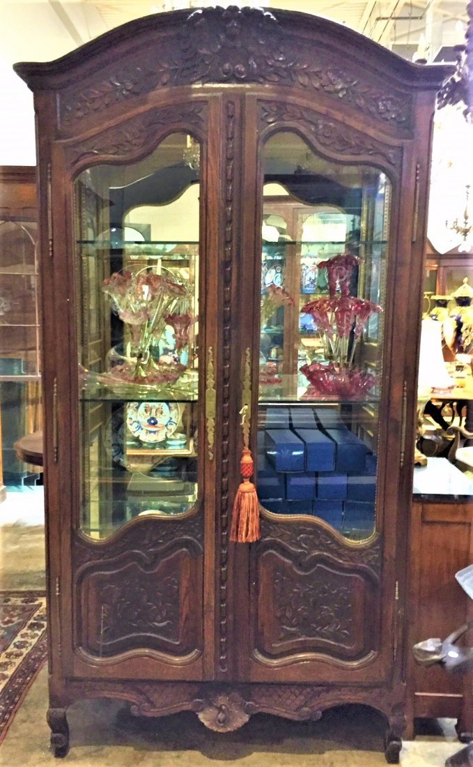 19th Century French Oak Armoire. - 3