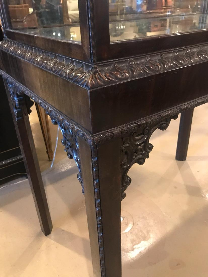 English Chinese Chippendale Cabinet. - 2